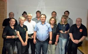 Siegerehrung nach Dorfpokalschiesen 2016 Giesen am 18.06.2016 - Tanzsportclub 2.+3. Platz - Spielmaeuse 1. Platz - Vorsitzender + Betreuer v. SV Vaterland
