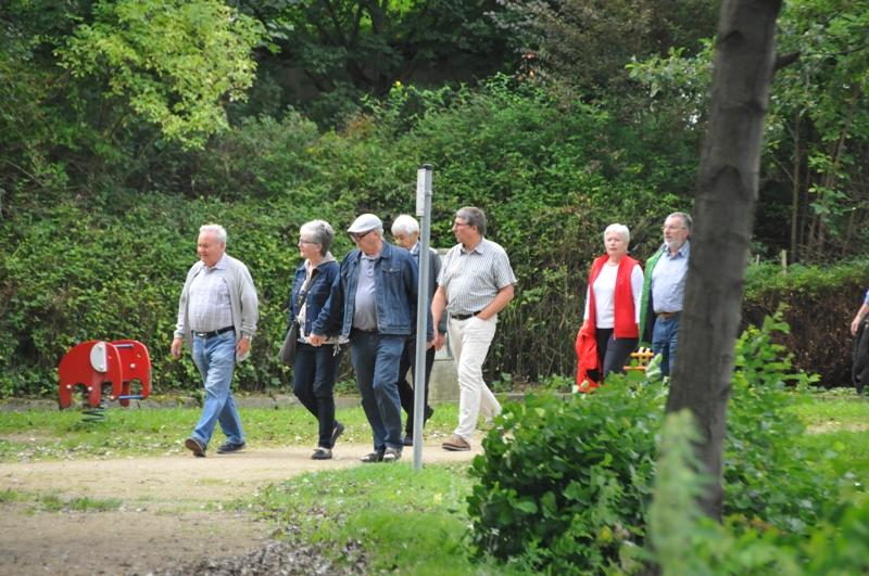 TSC-Sommerfest am 20.08.2017 - Wanderung durch den Buergerpark in Sarstedt - Foto Werner Haeder