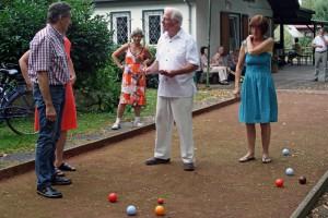 TSC-Sommerfest - Welche Kugel liegt nun naeher dran