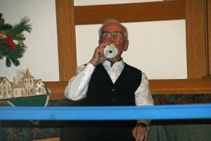 TSC-Weihnachtsfeier 2017 - Fredy Lipinski - Das Bier zischt