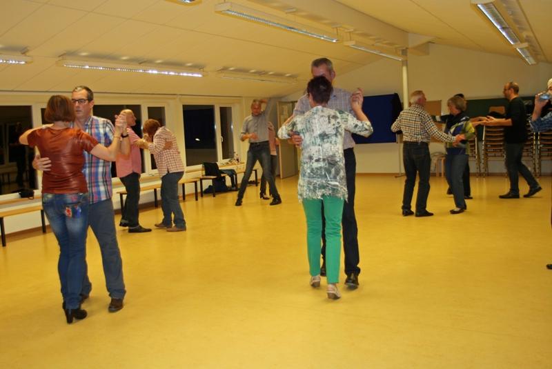 TSC-Workshop 2016 - Tanzen ist ueberhaupt nicht schwar. Tanzen in Giesen bei Hildesheim